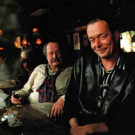 Thé Lau met zijn vader in de Taverne